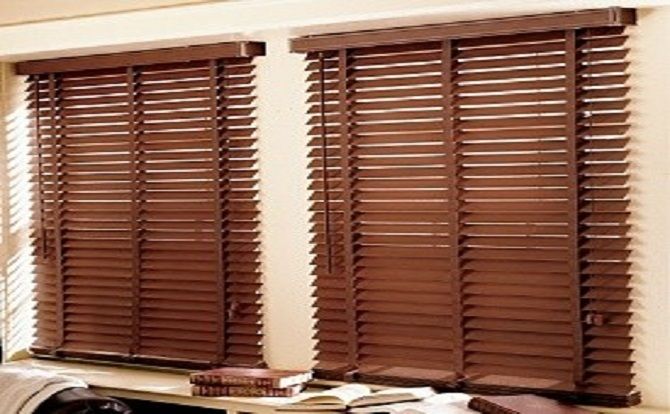Choosing the Right Window Blinds for Your Home or Office